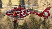 Florian Scheiber byl po pádu transportován helikoptérou.