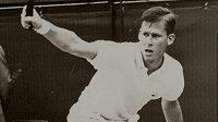 Dennis Ralston podlehl rakovině mozku
