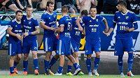 Fotbalisté Baníku Ostrava oslavují vítězný gól Ondřeje Šašinky během utkání na Bohemians.