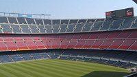 Osmifinálová odveta Ligy mistrů mezi Barcelonou a Neapolí se odehraje bez diváků