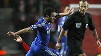 Fotbalista Chelsea Juan Mata v utkání se Southamptonem.