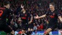 Marcos Llorente se raduje z branky do sítě Liverpoolu