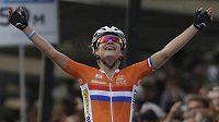 Nizozemská cyklistka Marianne Vosová vyhrála na MS závod žen s hromadným startem.