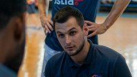 Nejmladší trenér ligy Adam Choleva vede NH Ostrava.