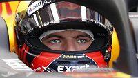 Max Verstappen už ztratil s nespolehlivým motorem veškerou trpělivost...