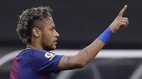 Brazilec Neymar teď u fanoušků v Barceloně není úplně populární