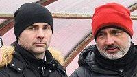 Sportovní ředitel Slavie Praha Jan Nezmar, trenér Jindřich Trpišovský a vedoucí mužstva Stanislav Vlček během přípravného utkání s Ústím nad Labem.