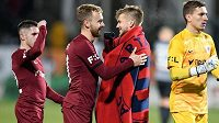 Fotbalisté Sparty Praha Srdjan Plavšič, Martin Hašek, Martin Frýdek a Milan Heča mohli být po zápase spokojení