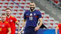 Karim Benzema nastoupil po více než pěti letech v dresu francouzské fotbalové reprezentace