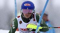Američanka Mikaela Shiffrinová je počtvrté v řadě mistryní světa ve slalomu.