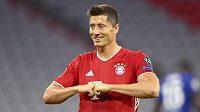 Robert Lewandowski z Bayernu se raduje z gólu proti Chelsea.