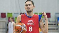 Rozehrávač Tomáš Satoranský na tréninku českého týmu.