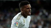 Osmnáctiletý útočník Realu Madrid Rodrygo se raduje z gólu na 2:0 proti Osasuně Pamplona v duelu 6. kola španělské La Ligy.