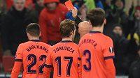Bývalý fotbalista Arsenalu či Leedsu Sanchez Watt se při utkání šesté nejvyšší anglické soutěže dostal do problémů kvůli svému jménu a viděl od sudího červenou kartu. (ilustrační foto)