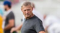 Trenér Sparty Praha Zdeněk Ščasný během utkání na Dukle.