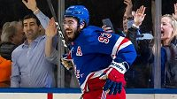 Útočník NY Rangers Mika Zibanejad, se 75 kanadskými body nejproduktivnější Švéd aktuální sezony NHL.