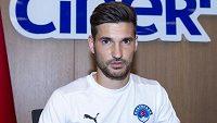 Michal Trávník se upsal Kasimpase pod tureckou i klubovou vlajkou.