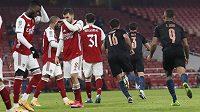 Fotbalisté Manchesteru City si zajistili hladký postup přes Arsenal