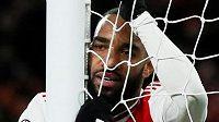 Můj gól neplatí, lituje Alexandre Lacazette z Arsenalu.