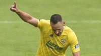 Róbert Matejov ze Zlína se raduje z gólu proti Opavě