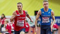 Český sprinter Jan Veleba a Ville Myllymäki z Finska.