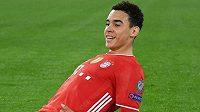 Záložník Bayernu Mnichov Jamal Musiala