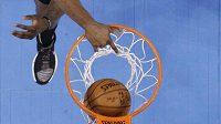 DeAndre Jordan z LA Clippers, v utkání s Oklahomou.