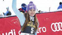 Šárka Strachová se raduje z třetího místa v nedělním slalomu v americkém Aspenu.