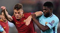 Přes Barcelonu se Samuelem Umtitim se Patrik Schick (vlevo) a jeho AS Řím senzačně přehoupli do semifinále Ligy mistrů. A teď do finále...?