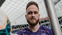 Člen širšího kádru slovenské reprezentace Dominik Holec zabojuje o místo v brance Sparty.