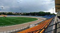 Stadion na pražské Markétě s novou plochou uvnitř oválu a dalšími rekonstruovanými částmi.
