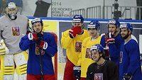 Hráči české reprezentace nastoupili poprvé v Minsk Areně v Minsku k tréninku před sobotním semifinále mistrovství světa hokejistů proti Finsku.