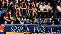 Tribuna zaplněná fanoušky během utkání Sparta - Zlín.