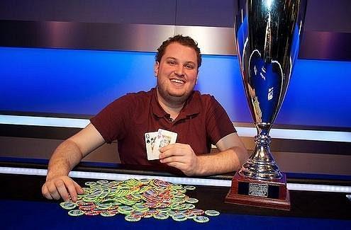 Ve Vídni si měřili síly ti nejlepší světoví profíci ve hvězdně obsazeném turnaji. Ovládnou i Main Event World Poker Tour? ...