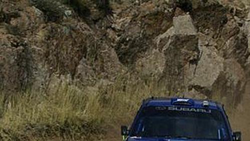 Nor Petter Solberg se subaru na trati první etapy Mexické rallye.