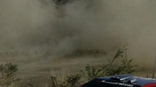 Harri Rovanpera s vozem Mitsubishi Impreza WRC na trati Rallye Mexiko.
