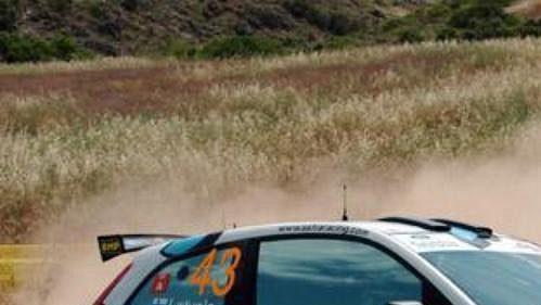 Jari-Matti Latvala s fordem na shakedownu Rallye Akropolis.