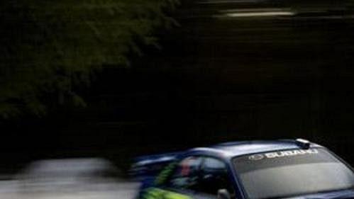 Nor Petter Solberg se subaru na trati čtvrtečního shakedownu Švédské rallye.