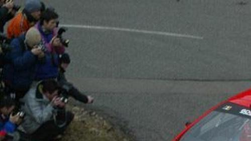Freddy Loix s novinkou Peugeot 307 WRC na trati Rallye Monte Carlo po první etapě figuruje na devátém místě až za sedmým Romanem Krestou na Hyundai Accent WRC.