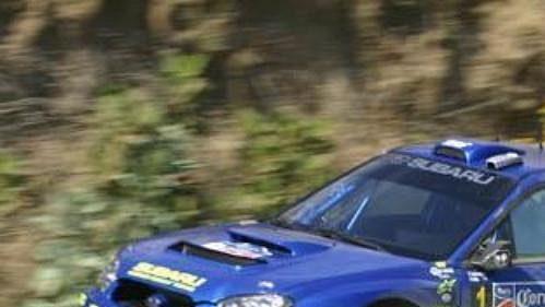 Nor Petter Solberg za volantem nového Subaru Impreza WRC na trati Mexické rallye.