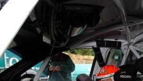 Colin McRae za volantem Fabie WRC při testech ve Skotsku.