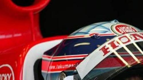 Japonec Takuma Sató nahradil v týmu BAR Kanaďana Jacquese Villeneuva.