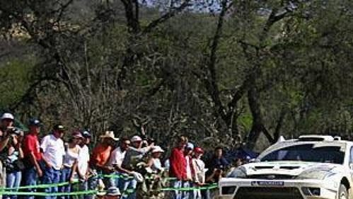 Belgičan Francois Duval na trati druhé etapy Mexické rallye.