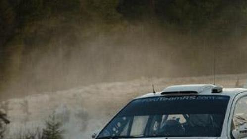 Fin Janne Tuohino s fordem na trati čtvrtečního shakedownu Švédské rallye.