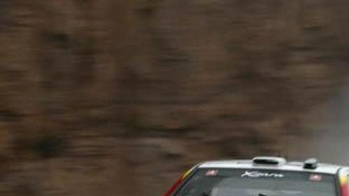 Třetí etapu Katalánské rallye poznamenal déšť. Na snímku citroën Sébastiena Loeba.
