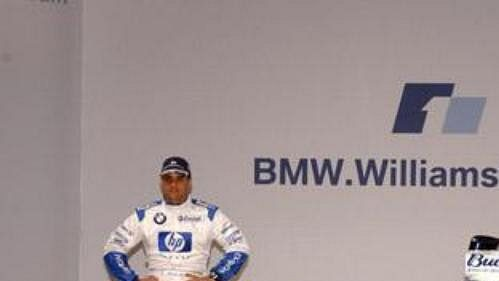 Piloti Juan Pablo Montoya a Ralf Schumacher (vpravo) při odhalení nového monopostu týmu BMW WilliamsF1.