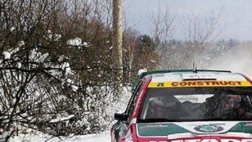 Jan Kopecký za volantem Fabie WRC při testování u Rychnova nad Malší.