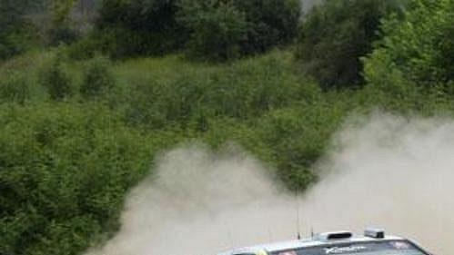 Carlos Sainz s citroenem na trati Rallye Akropolis.