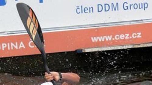 Italský kajakář Srefano Cipressi získal v Praze-Troji titul mistra světa.