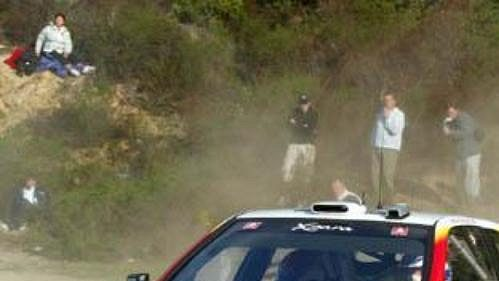 Bugalski na trati Rallye Korsika.